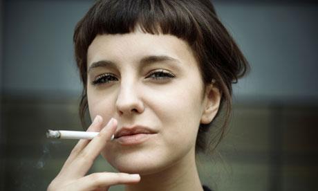 Quel fumo che danneggia salute e bellezza